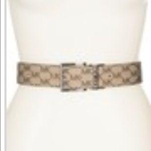 NWT MK size XL Belt. Reversible. Beige with MK